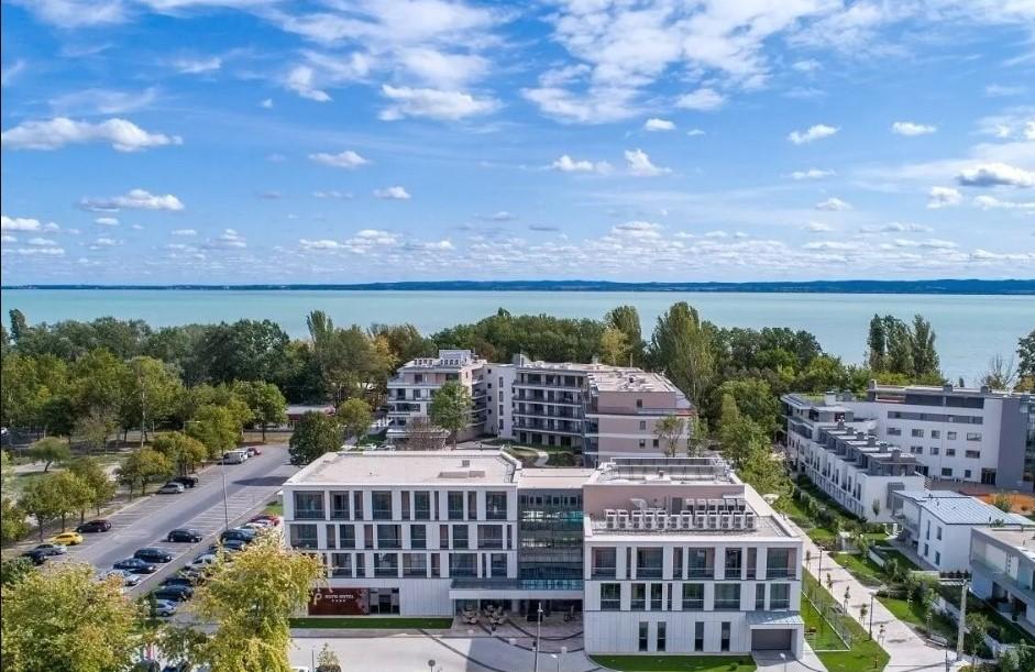 Felnőttbarát hotel - Aura Hotel Balatonfüred ****
