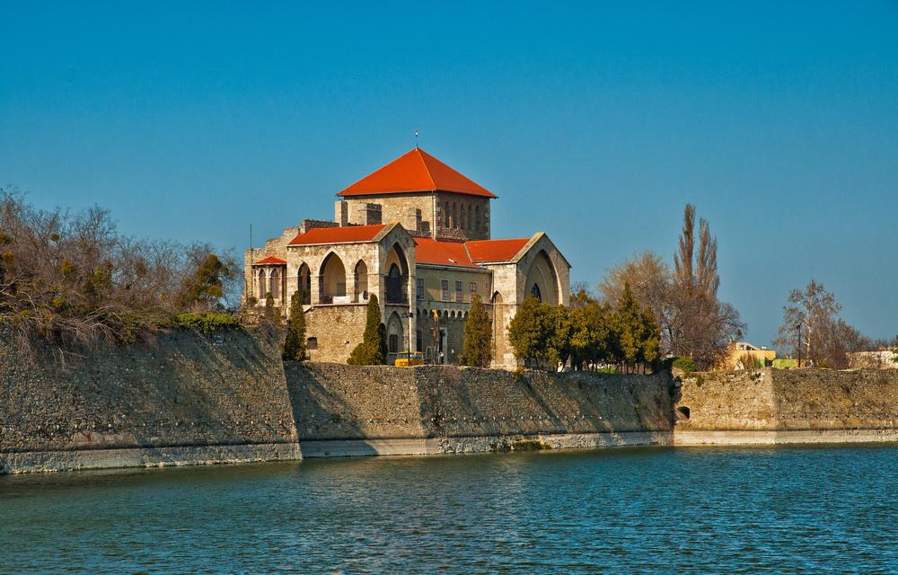 A magyar Garda-tó látnivalói – Séta a tatai Öreg-tó körül