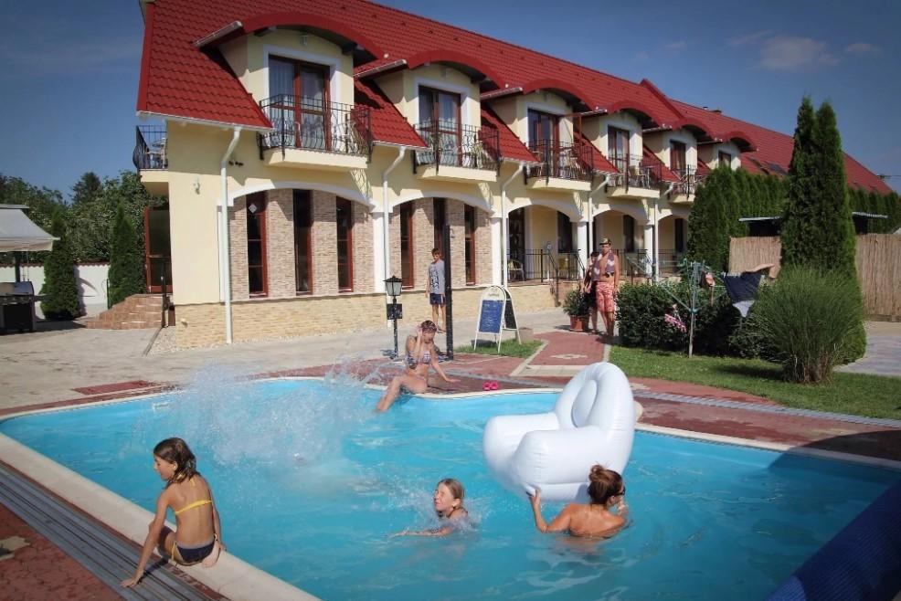hotel, bükfürdő