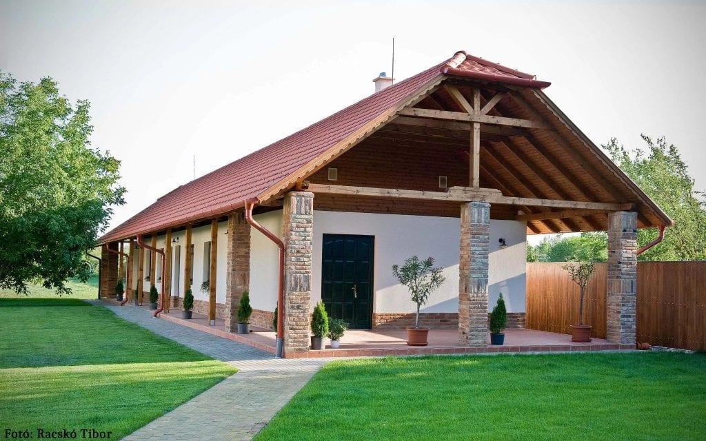 Stílusos-szálláshely-Diófa-Vendégház-Tiszadob