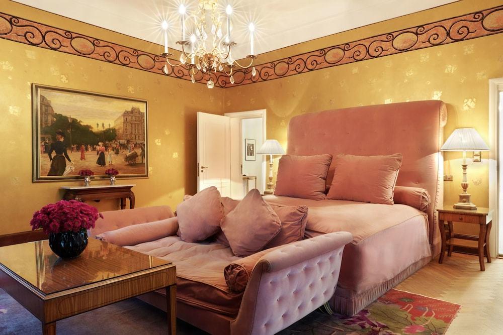 Meghalt Karl Lagerfeld divattervező, az 5 csillagos berlini Patrick Hellmann Schlosshotel egyik lakosztályát is ő tervezte