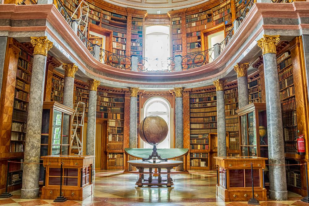 pannonhalmi főapátság könyvtár