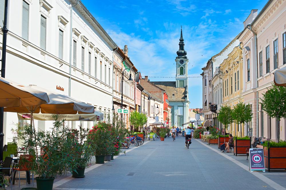 5 mediterrán város Magyarországon, ha túl messze a Riviéra