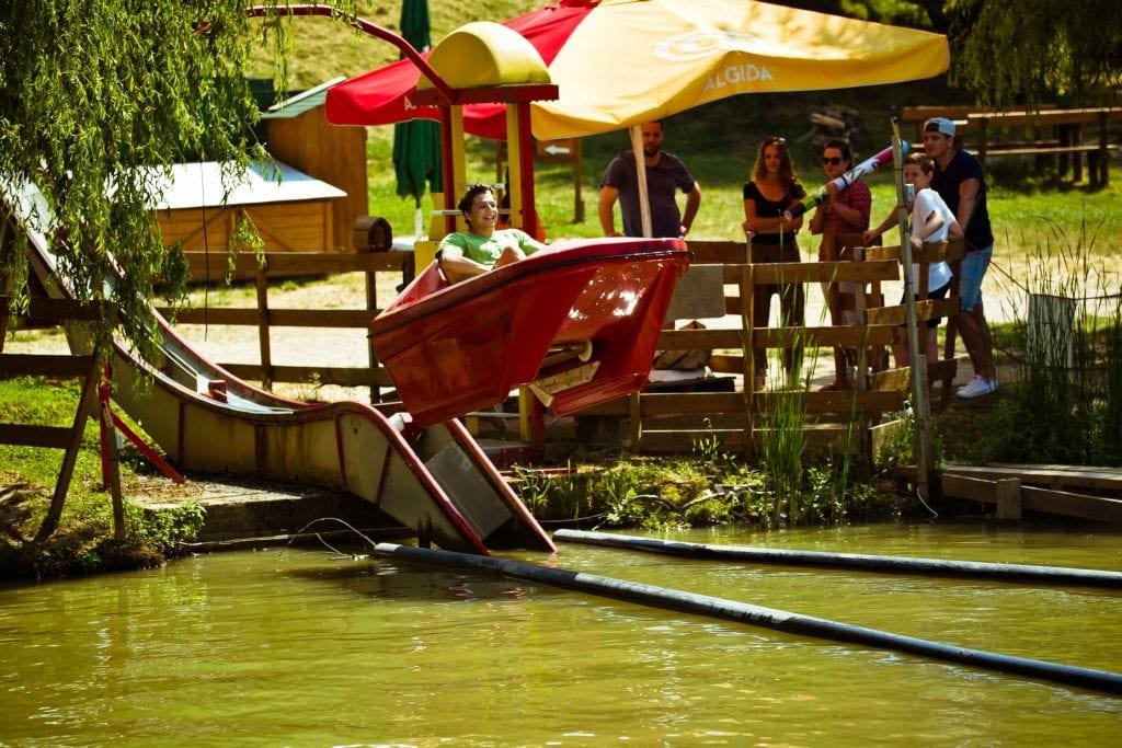 Legjobb kalandparkok Magyarországon - vízicsúszda a Kislődi kalandparkban