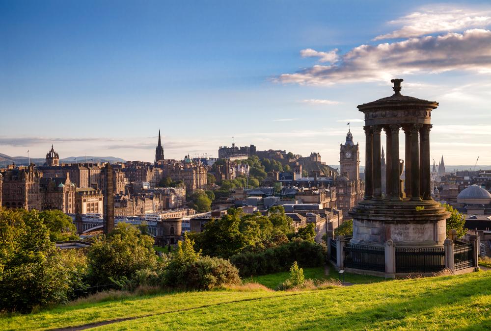 Edinburgh látnivalói:  Calton Hill
