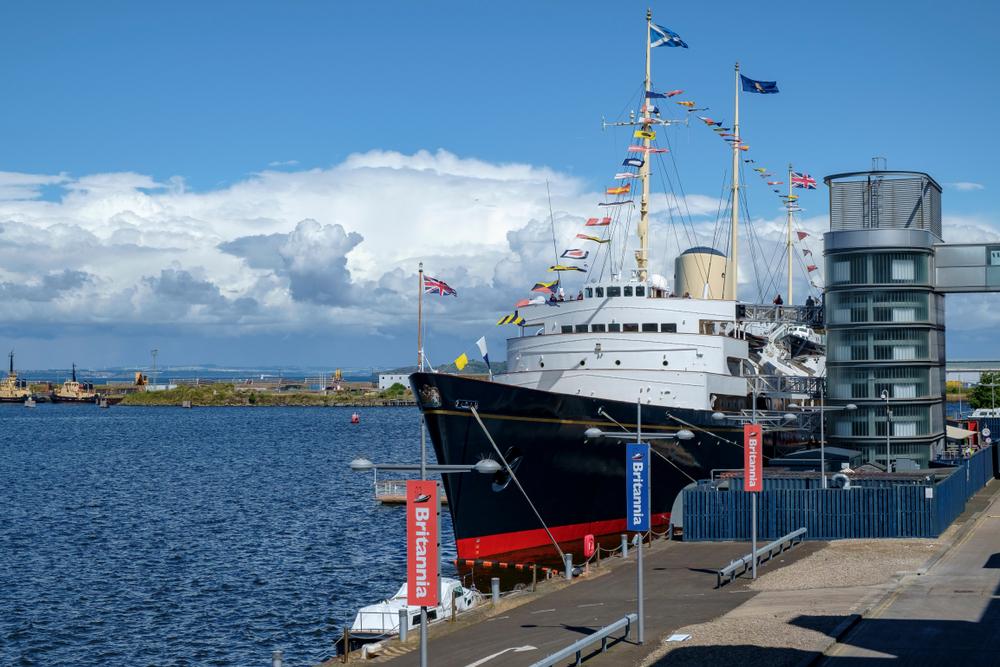 Edinburgh kikötő Britannia Yacht