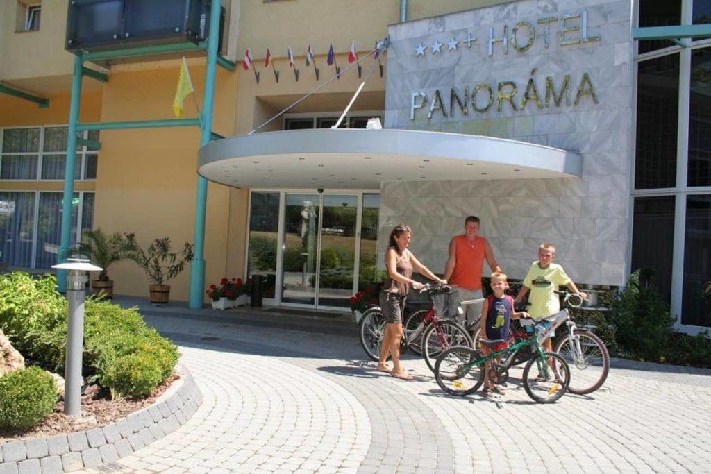 8 magyarországi hotel, ahol elektromos autó tölthető
