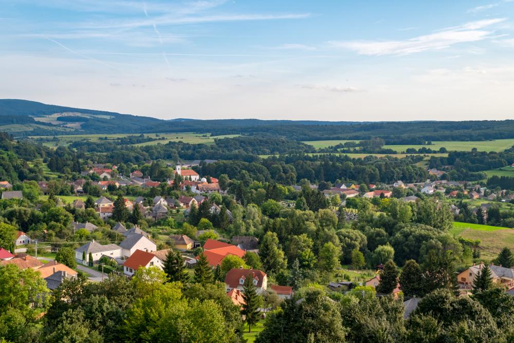 Top 6 tavaszi búvóhely – bájos kis falvak Magyarországon
