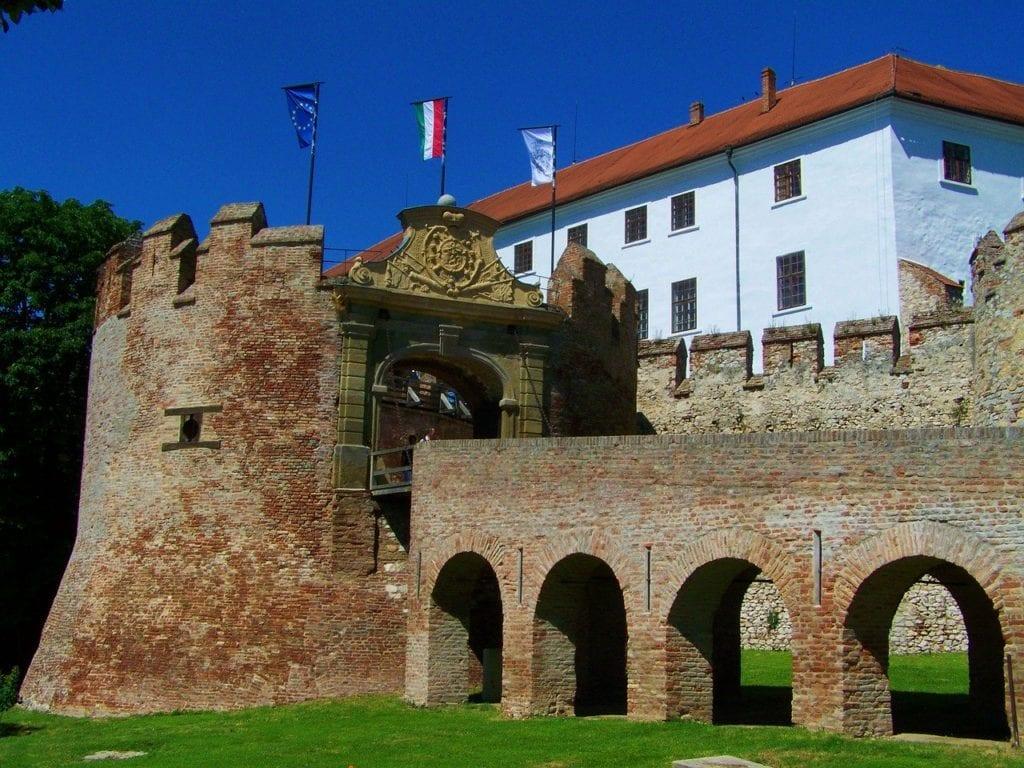 Siklósi vár - Ezt a várat tényleg látni kell!