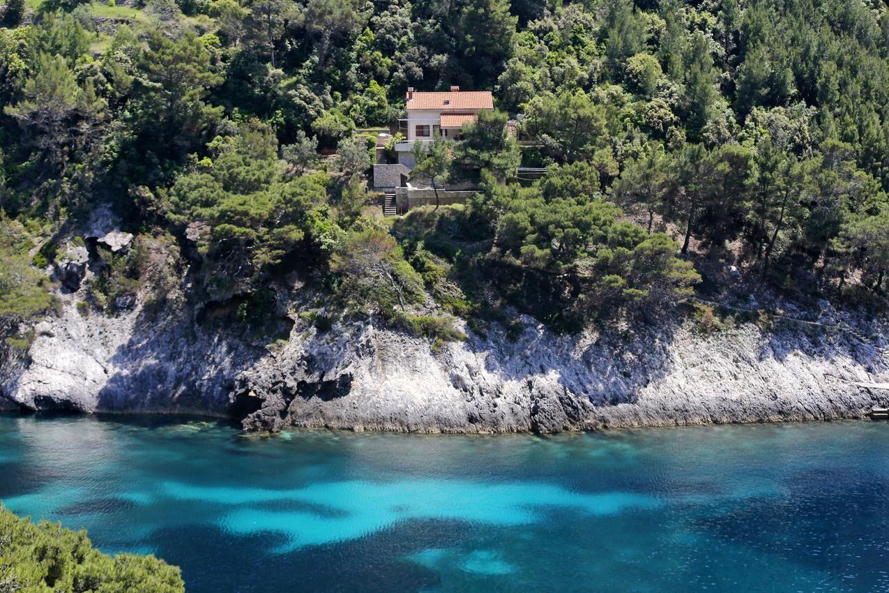 Családi nyaraló érintetlen környezetben, Korčula
