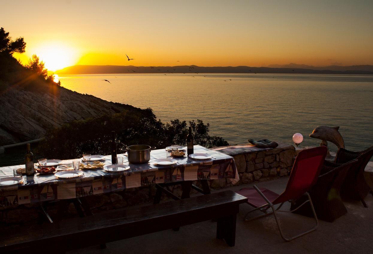 Mediterrán vendégház közvetlenül a tengerparton Hvar szigetén