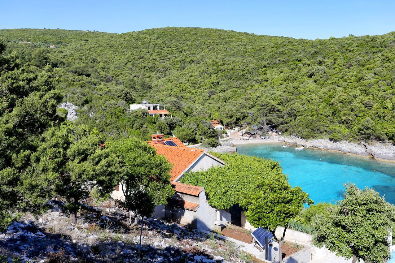 Tengerparti deluxe nyaraló saját medencével, Korčula