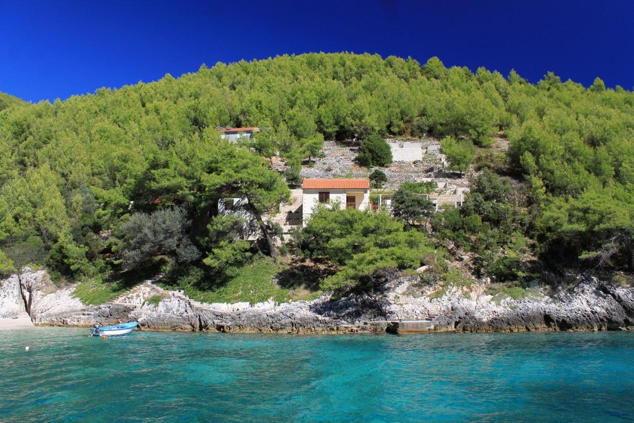 Tengerparti nyaraló hatalmas terasszal, Korčula