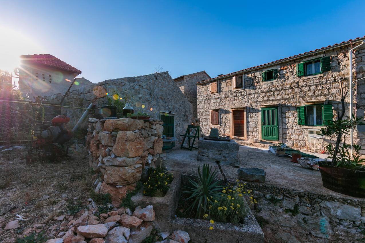 Tengerre néző deluxe nyaralóház Dalmáciában
