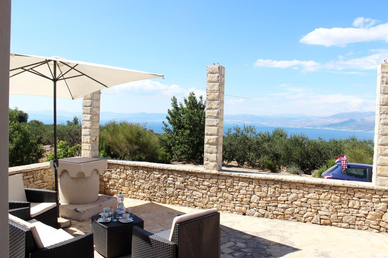 Mediterrán ház fantasztikus panorámával az Adriára