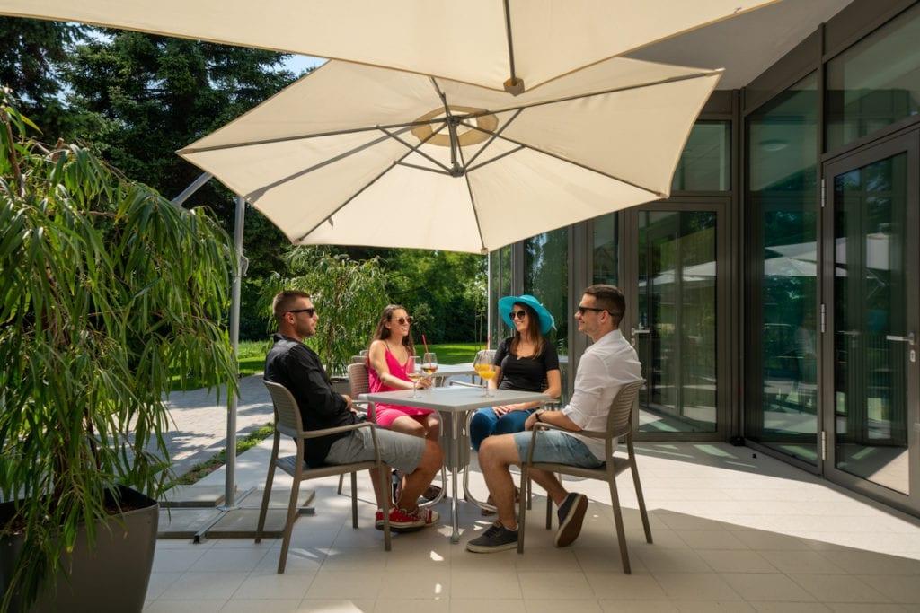 Sport Hotel Velence - tóparti szálloda az aktív pihenés szerelmeseinek