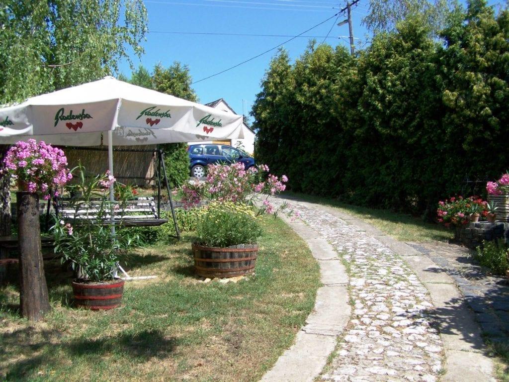 Ezek a legjobb önálló kiadó nyaralók a Balatonnál – Közel a vízpart, távol a tömeg