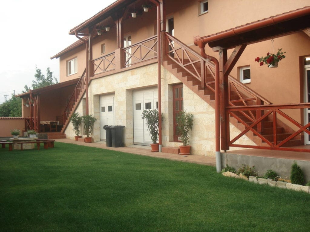 Imádsz borozni? Ez a 12 szálláshely Tokaj szívében csak rád vár!