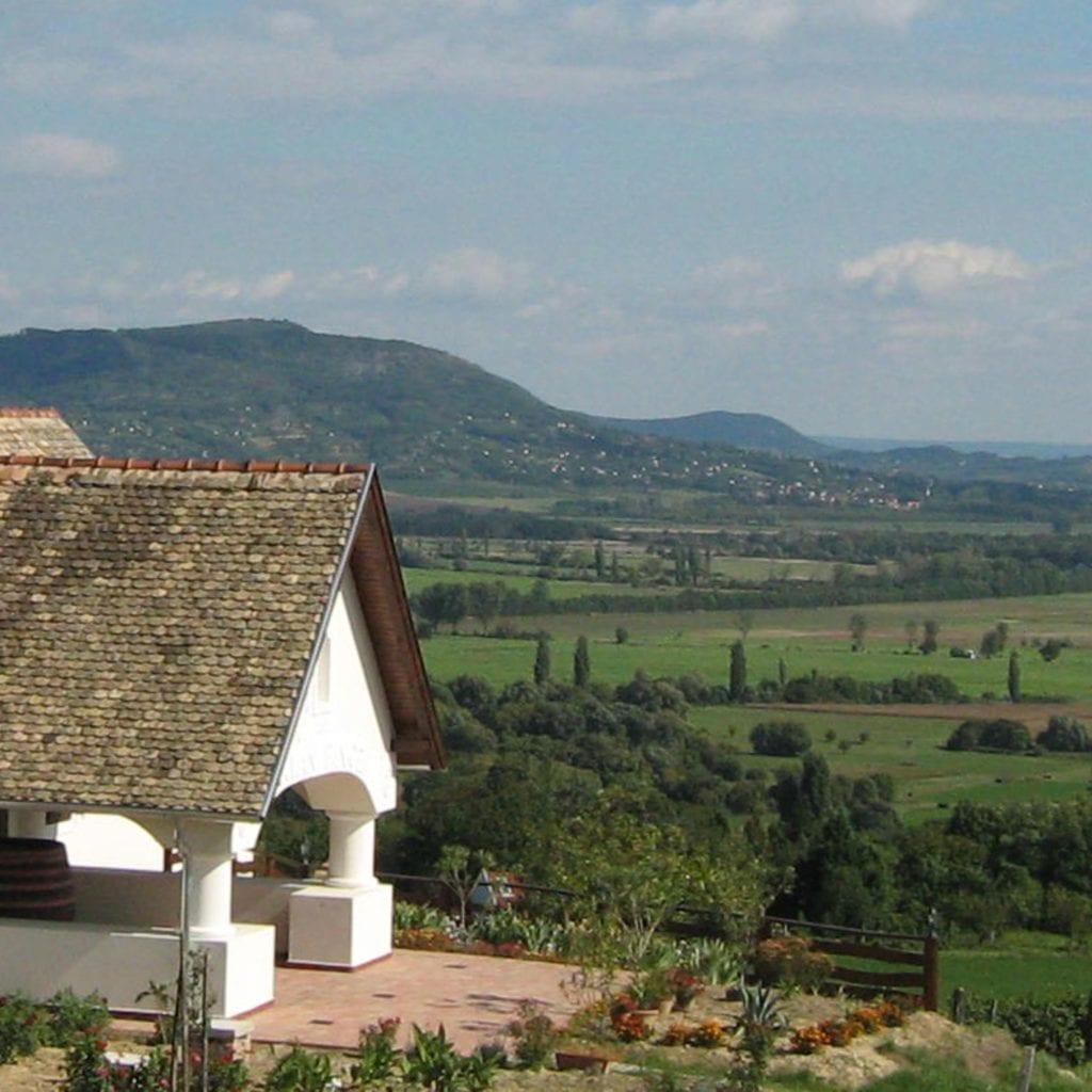 88 hazai borászat és különleges boros szálláshely a Szallas.hu nagy térképes gyűjteményében