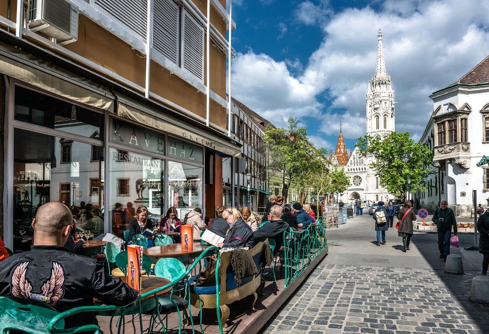 Tiszta Franciaország! Párizsi hangulat Budapesten, és provence-i szállások Magyarországon