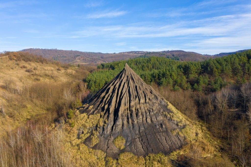 fekete hegyek zagyvaróna
