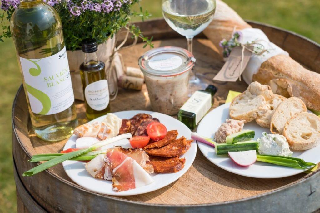 Mesés panorámák és kitűnő borok - 8 szuper borterasz