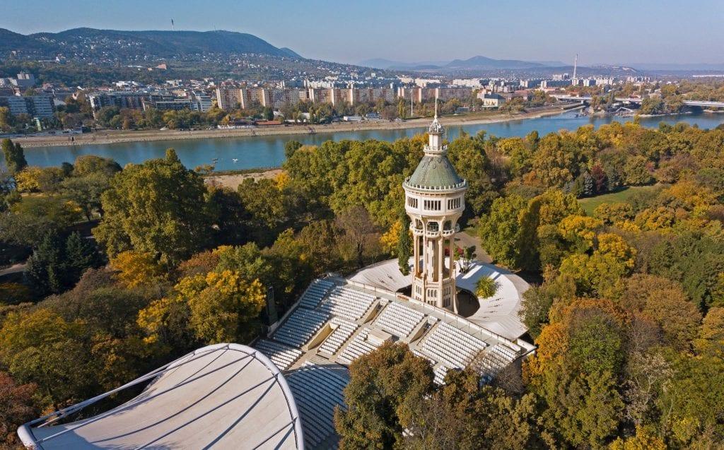 Budapesti Duna-party – Sziesztázz és szórakozz a legjobb Duna-parti helyeken!