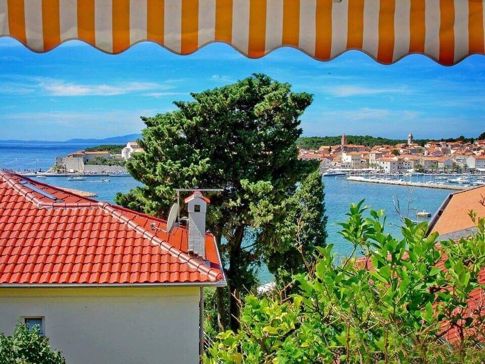 25 horvát tengerparti szállás, max. 300 m-re a tengerparttól