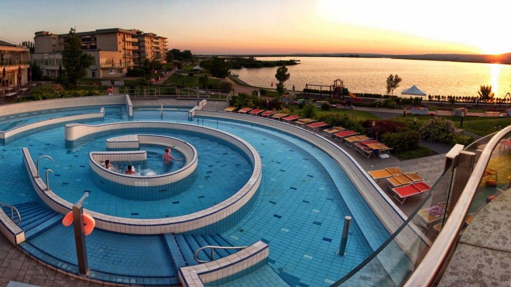 Velence Resort & Spa - tópart, wellness, programok: szuper választás a családi nyaraláshoz!