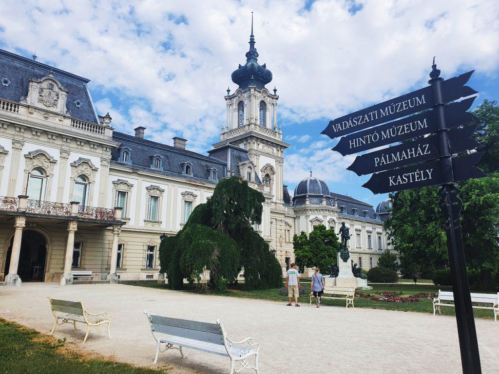 A Balaton-felvidék kincsei – Világszép látnivalók Keszthely, Tapolca, Szigliget és Tihany környékén