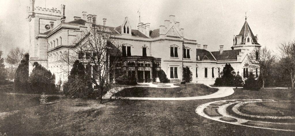 Újranyitott a legendás Nádasdy-kastély - Egy múzeum, ahol az egykori lakók mesélnek neked