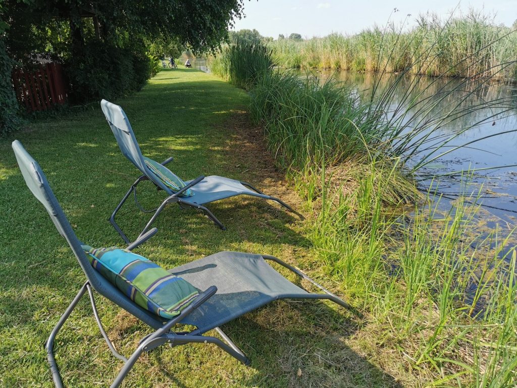 Nyugalom, romantika, panoráma - Mesés vízparti szállások ősszel!