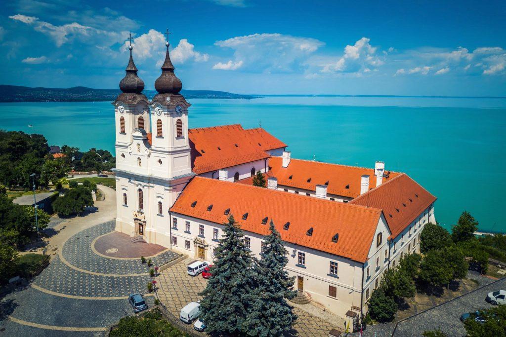 Ismert és rejtett magyarországi látnivalók gyűjteménye – 30 kedvelt és felfedezésre váró hely az egész országból